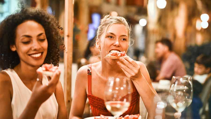 Ladies-eating-dinner